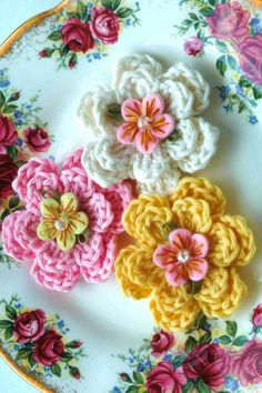 Crochet Video, Crochet Diy, Love Crochet, Crochet Motif, Crochet Crafts, Yarn Crafts, Crochet Stitches, Crochet Projects, Beautiful Crochet