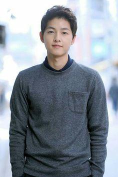 Check out Song Joong Ki on DramaFever! Park Hae Jin, Park Seo Joon, Song Hye Kyo, Running Man, Moon Chae Won, Asian Actors, Korean Actors, Korean Dramas, Song Joong Ki Cute