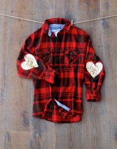 This darling flannel shirt is sure to dazzle your friends.    Boyfriend Flannel Size Large (upcycled mens flannel)    Handmade elbow patches made