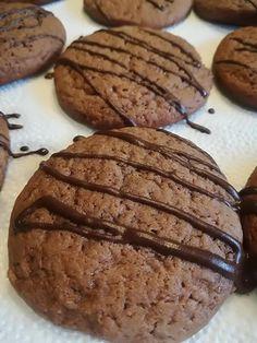 Kakaós mézes keksz, nagyon finom lett, legközelebb többet kell sütnöm! - Egyszerű Gyors Receptek Torte Cake, Cookie Jars, Winter Food, Crackers, Biscuits, Muffin, Food And Drink, Sweets, Healthy Recipes
