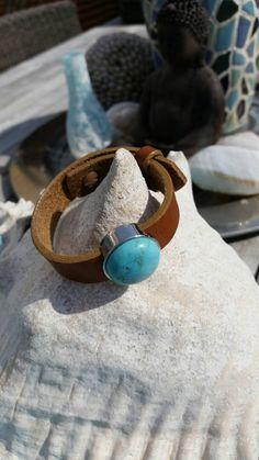 Bekijk dit items in mijn Etsy shop https://www.etsy.com/nl/listing/243886809/leren-armband-brava-kleur-cognac-met-een