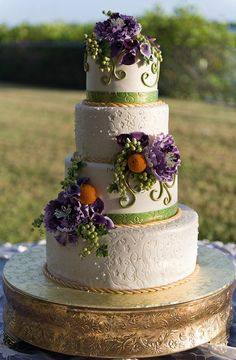 Imprinted wedding cake