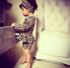 #brunette #little-lady #leopard #pencilskirt #style #swag #need'heels #pose #adorbs #girl #youmg