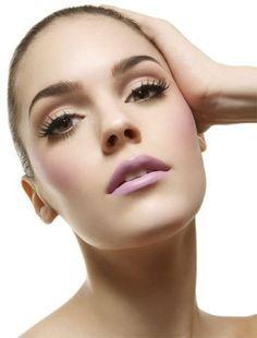 pink lips makeup
