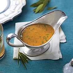 The Ultimate Make-Ahead Gravy @keyingredient #chicken #easy