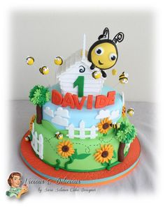 Buzzbee - The hive cake