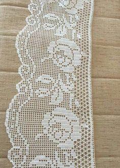 Vielka Vergara's media content and analytics Crochet Lace Edging, Crochet Doilies, Easy Crochet, Crochet Toys, Crochet Stitches Patterns, Baby Knitting Patterns, Stitch Patterns, Fillet Crochet, Chrochet
