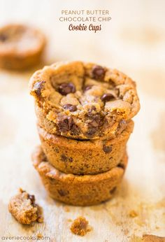 adapted to make trail mix cookies - Peanut Butter Chocolate Chip Cookie Cups - Supremely soft cookies & impossible to spread or goof up! Ready in 20 mins! Köstliche Desserts, Delicious Desserts, Dessert Recipes, Yummy Food, Homemade Desserts, Plated Desserts, Bolacha Cookies, Galletas Cookies, Shortbread Cookies