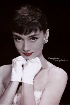 A wonderful portrait poster of Audrey Hepburn accentuating the timeless beauty of this Hollywood actress! Fully licensed. Ships fast. 24x36 inches. We have a fantastic selection of Audrey Hepburn post