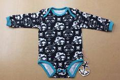 "Bodys - Suzi.Ramone Baby-Body langarm ""Piraten-Teddy"" - ein Designerstück von ByRamone bei DaWanda"