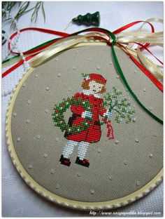 Cross Stitch Christmas Ornaments, Christmas Ornaments To Make, Christmas Embroidery, Christmas Cross, Christmas Diy, Cross Stitch Borders, Cross Stitch Rose, Cross Stitch Embroidery, Cross Stitch Patterns