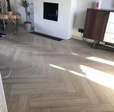 Beautiful Flooring, Herringbone Wood Floor, Floor Design, Herringbone Laminate Flooring, Oak Wood Floors, Flooring, Hallway Designs, House Interior Decor, Wood Laminate