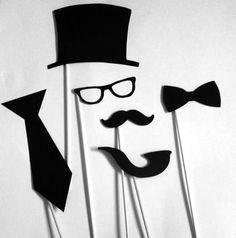 Moustache bash props