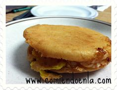 Colombian food: Arepa de Huevo