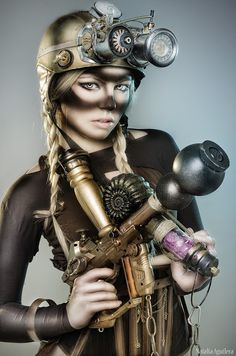 Sexy Working Class SteamGirl - For costume tutorials, clothing guide, fashion inspiration photo gallery, calendar of Steampunk events, & more, visit SteampunkFashionGuide.com
