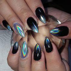 #nails #naildesigns #nailideas #nailstagram #nails2inspire #instanails #nailswag #ontrend #nailart #nailartist #chantellespretties #stilettonails #pointynails #clawnails #chromenails #mirrornails #silvernails #unicornnails #holographicnails #blacknails #elegantnails #showscratch