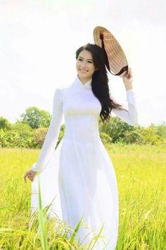Ao dai traje tradicional vietnamita