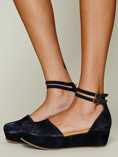 Gee Wawa Daphne II Platform http://www.freepeople.co.uk/whats-new/daphne-ii-platform/