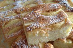 Quick Yogurt Cake with Apples Polish Desserts, Polish Recipes, Cookie Desserts, Baking Recipes, Cake Recipes, Dessert Recipes, Sweets Cake, Cupcake Cakes, Lady Laura