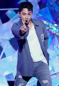 Yg Ikon, Ikon Debut, Jay Song, Kim Hanbin, Yg Entertainment, Beautiful Boys, Songs, Celebrities, Kpop