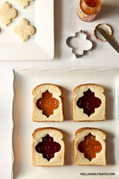 Ramadan lantern sandwiches using Hello Holy Days lantern cookie cutter. #ramadan #eid (eid food ideas)