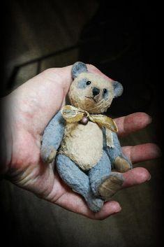 Small panda by Teddy by Elena Karasenko on Tedsby Small Teddy Bears, White Teddy Bear, Charlie Bears, Love Bear, Doll Shop, Bear Doll, Old Toys, Vintage Toys, Panda