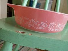 I am in search of a full set of these vintage pink pyrex….just one to start with would be nice!