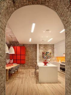 foorni.pl | Apartament przy Greenwich St./ cegła na ścianie / cegła w kuchni