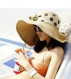 Diseñadores plegable dom Casco Hollow Sombrero de paja para Verano Playa Mujeres Cap arco de la cinta Sombreros Sombrero flojo colorido al por menor y al por mayor