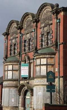 Abandoned pub The Ball Inn, Darnall, Sheffield, England. Photo: derelictplaces.co.uk