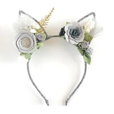 OVERVIEW + DETAILS ♥ Exclusive and whimsical magical Bunny Ears. These Bunny are full of details, details and details!!! The pictures try to capture every detail..but in person they are more fabulous. It will be the perfect accessory for your lovely girls Easter or Birthday Party. If