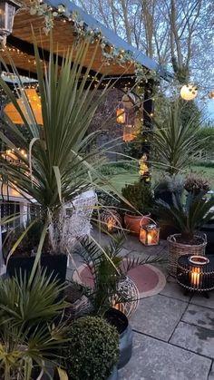 Backyard Camping, Backyard Seating, Fire Pit Backyard, Patio, Garden Art, Garden Design, Cut Flower Garden, Backyard Vegetable Gardens, Garden Features