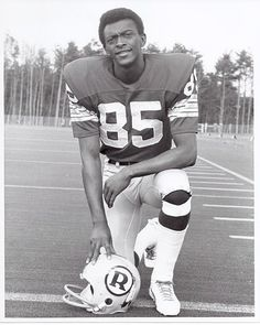 Clifton McNeil 1972 Redskins Team Issue Photo