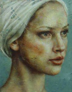 Woman 's hair wrap in white cloth art