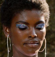 Discover more about eye makeup tutorial 70s Makeup, Pink Makeup, Makeup Blog, Makeup Inspo, Makeup Inspiration, Beauty Makeup, Makeup Ideas, Makeup Tips, Party Makeup Looks