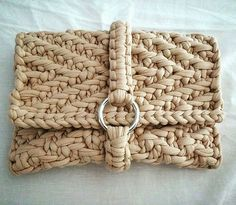 Tender Loving Clutch in the diagonal stitch knit by @joanna_ford #woolandthegang #shareyourknits #diagonalstitch #jerseybegood