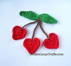GoldenLucyCrafts: Cherry Hearts Applique - free crochet pattern. ༺✿ƬⱤღ  https://www.pinterest.com/teretegui/✿༻