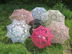 Paraplu omhaken: altijd prachtig zo'n rijk versierde paraplu - Breiclub.nl