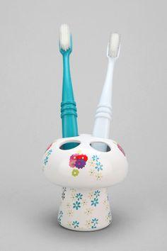 Plum & Bow Mushroom Toothbrush Holder