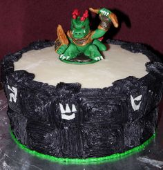 Skylanders Cake cakepins.com