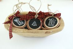 DIY Wood Slice Gift Tags- Holidays- Gift Tags- Wood Slice Craft- Make Your own Gift Tag- Wood Slice Ornaments- Mason Jars- Rubber Stamp Crafts