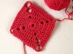 Expanding Diamond Motif by Amy Lynn Yarbrough for Crochet Spot - Crochet Pattern Bonanza Crochet Motif Patterns, Crochet Blocks, Crochet Squares, Granny Squares, Square Patterns, Crochet Yarn, Crochet Stitches, Free Crochet, Crochet Blankets