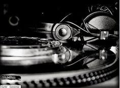 Dicas para noivas e debutantes para fazer um evento de luxo: Indicação de DJ top