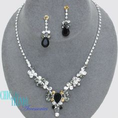 CRYSTAL ICE BLACK &  CLEAR CRYSTAL PROM WEDDING FORMAL NECKLACE JEWELRY SET  #Unbranded