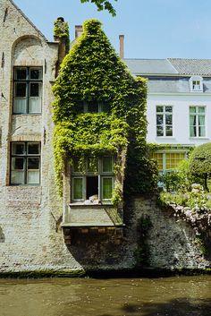 Bruges, Belgium (by nasone)