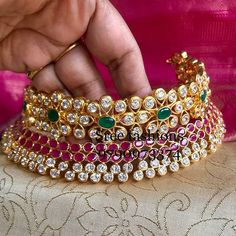 Jewellery Ultimate 35 Gold Necklace Designs Images Of This Year Gold Wedding Jewelry, Bridal Jewelry, Silver Jewelry, Silver Ring, Diamond Jewelry, Jewelry Box, 90s Jewelry, Diamond Necklaces, Shell Jewelry