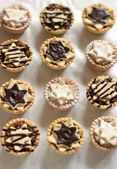 Hungarian Desserts, Hungarian Recipes, Cake Recipes, Dessert Recipes, Waffle Cake, Mini Tart, Mince Pies, Small Cake, Sweet And Salty
