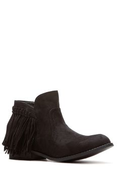 Black Faux Suede Fringe Ankle Boots @ Cicihot Boots Catalog:women's winter boots,leather thigh high boots,black platform knee high boots,over the knee boots,Go Go boots,cowgirl boots,gladiator boots,womens dress boots,skirt boots.