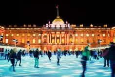 Christmas in London - Ice skating at the glamorous Somerset House