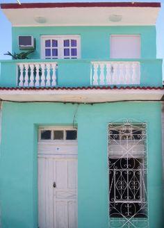 Casa Hostal Shalom Owner:                   Ana Yaisel Rodríguez Avalos            City:                      Trinidad              Address:                 Santiago Escobar (Calle Olvido) nro 162 entre Frank País y José Martí     Licence nr: 407/16 Breakfast:               Yes     Lunch/ diner:           Yes Number of rooms:    2
